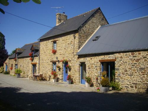 Chambres d'Hôtes La Loubatais : Bed and Breakfast near Baguer-Morvan