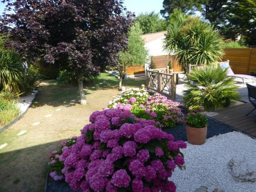 GÎTE DES FRUCHES : Guest accommodation near Saint-Gilles-Croix-de-Vie