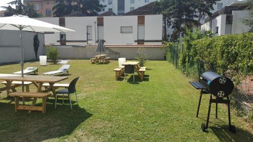 Parc Harmonie : Guest accommodation near Vénissieux