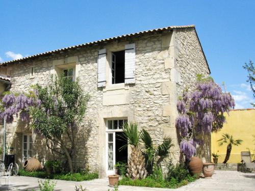 Mas des Palmiers 521S : Guest accommodation near Saint-Pierre-de-Mézoargues