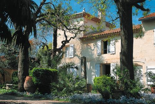 Mas des Palmiers 520S : Guest accommodation near Saint-Pierre-de-Mézoargues