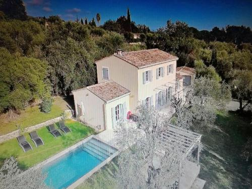 La Bastide aux Oliviers : Guest accommodation near Coursegoules