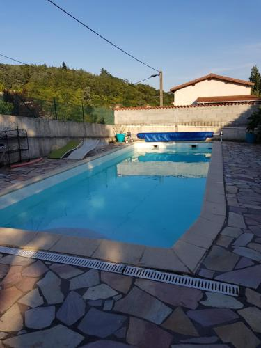 Chantelézard : Guest accommodation near Marcenod