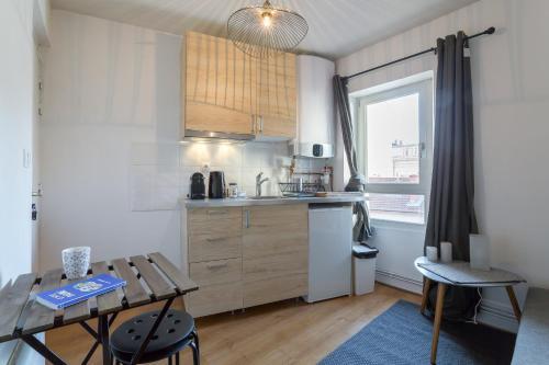 cocon des artistes : Apartment near Lyon 3e Arrondissement