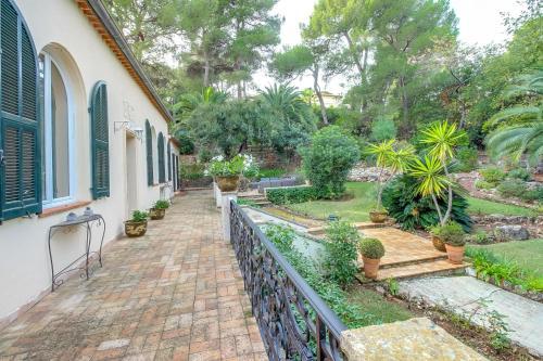Villa du Cap : Guest accommodation near Saint-Jean-Cap-Ferrat