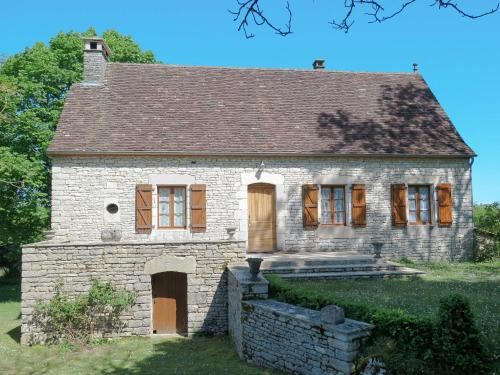 Ferienhaus mit Pool Saint Chamarand 400S : Guest accommodation near Montamel