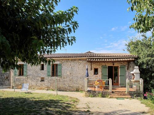 Mas Lozard 100S : Guest accommodation near Le Garn