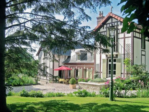 Le Montivert : Guest accommodation near Saint-Pierre-Azif