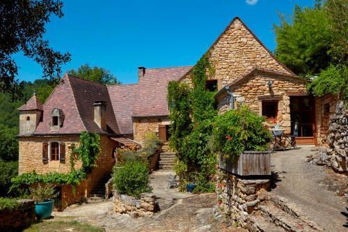 La Maison Bleue - Gîte de Charme : Guest accommodation near Cénac-et-Saint-Julien