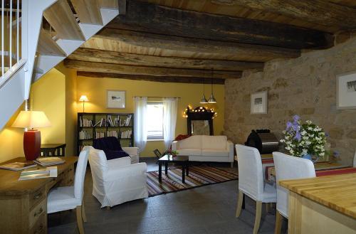 Gite de la Cascade : Guest accommodation near Druelle