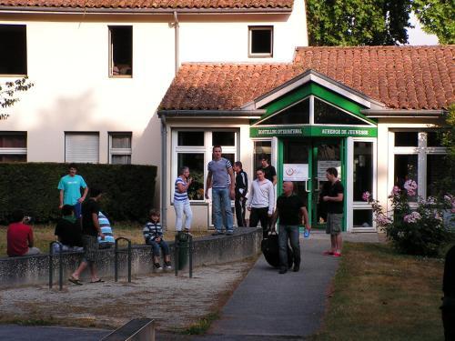 Auberge de Jeunesse de Saintes : Hostel near Préguillac