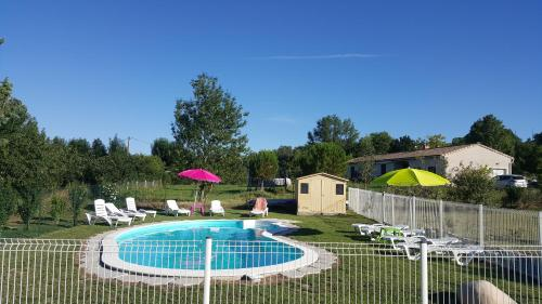 Gite Pourquoi Pas : Guest accommodation near Rieumajou