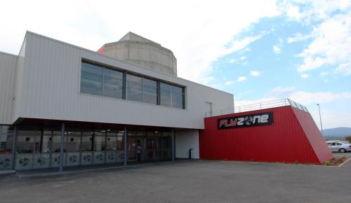 Auberge FlyZone : Hostel near Montbrun-des-Corbières