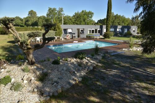 Villa Parenthese : Guest accommodation near Saint-André-de-Cubzac