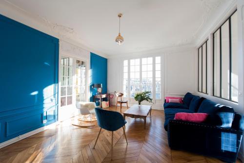 Veeve - Cosy by the Seine : Apartment near Paris 16e Arrondissement