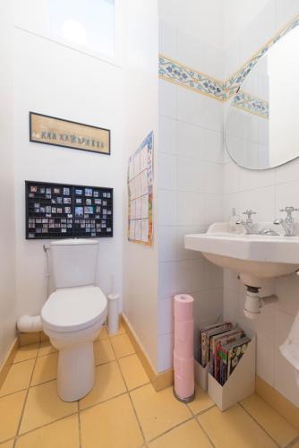 Veeve - Duplex Near Trocadéro : Apartment near Paris 16e Arrondissement