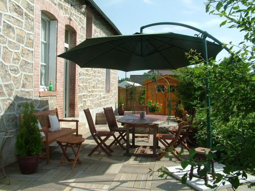 GITE DE SAINT5 SULPICE : Guest accommodation near Saint-Dizier-Leyrenne