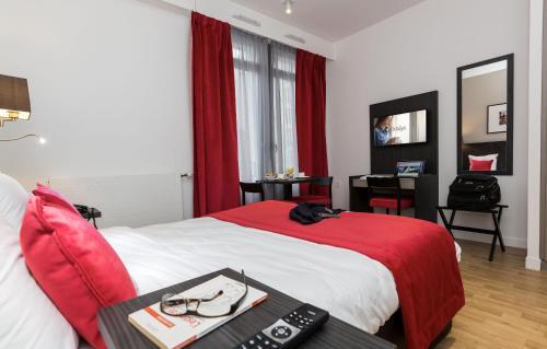 Odalys City Paris Montmartre : Guest accommodation near Paris 18e Arrondissement