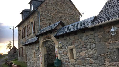 Gite de Fonteilles Lo Soulenquo : Guest accommodation near Estaing