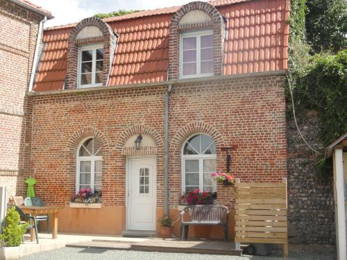 La Ferme du Phael : Guest accommodation near Nesle-Normandeuse