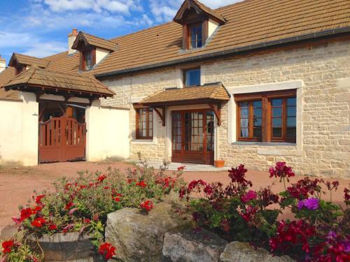 La Clé des Champs : Guest accommodation near Toutenant