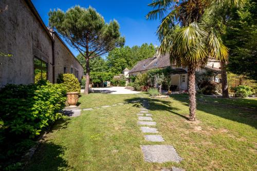 Le Jardin De Maurice : Guest accommodation near Pontoux