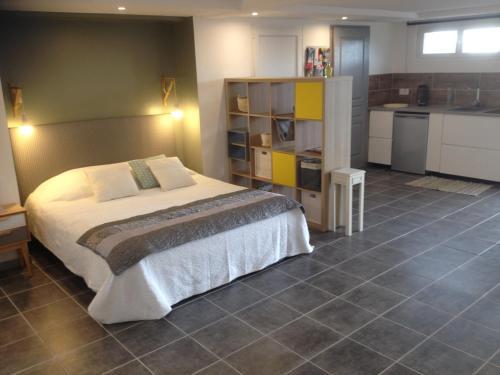 Résidence du lac : Guest accommodation near Montirat
