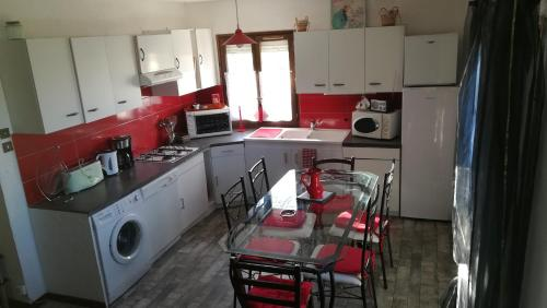 Holiday home Septfonds : Guest accommodation near Saujac