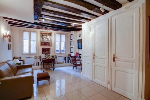 Private Apartment - Louvre - Palais Royal : Apartment near Paris 1er Arrondissement