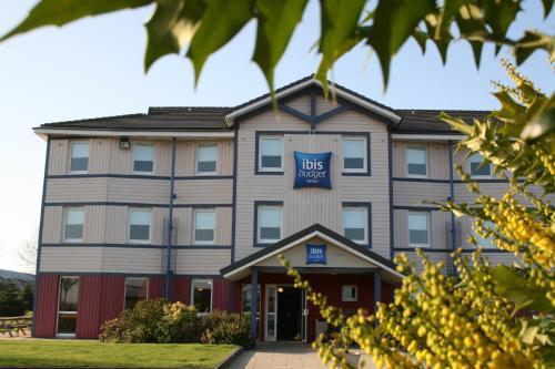 ibis budget Coutances : Hotel near Guéhébert