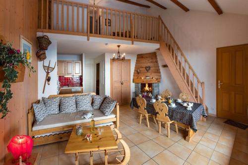 Les Chalets Du Tourond : Apartment near Les Infournas