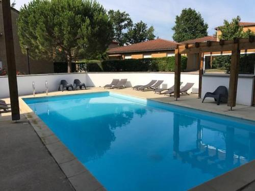 Garden & City Lyon - Marcy : Guest accommodation near Civrieux-d'Azergues