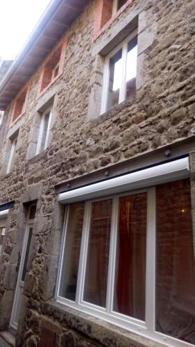 Maison de laine : Guest accommodation near Montverdun