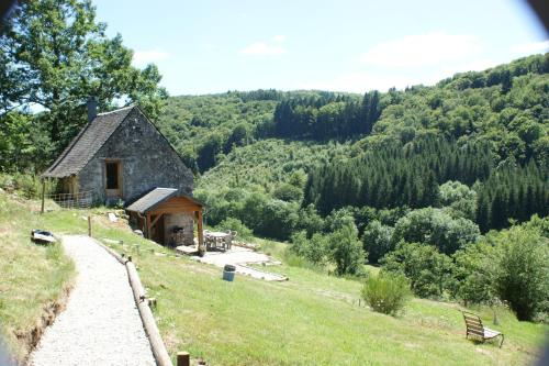 Les gîtes de Chomet : Guest accommodation near Bagnols
