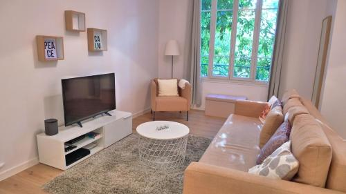 Stylish two-bedroom apartment : Apartment near Antibes