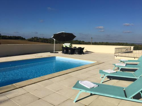 Holiday Home Near Monségur : Guest accommodation near Castelnau-sur-Gupie