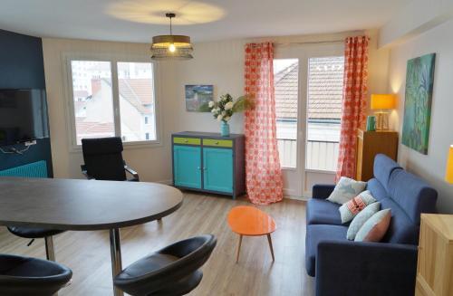 F2 Moderne, quartier prisé, Vichy : Apartment near Mazerier
