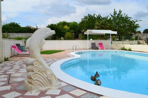 Aux Orangers : Guest accommodation near La Magdeleine