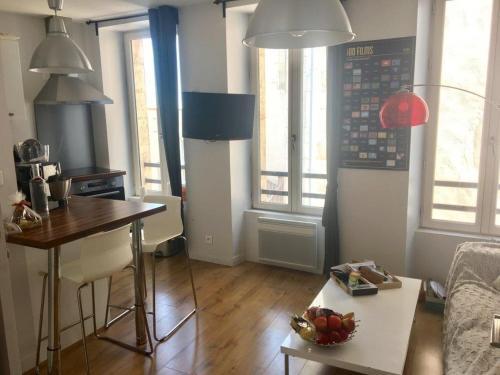 Joli T2 30m², Centre historique, Vieux Port à 100m : Apartment near La Rochelle