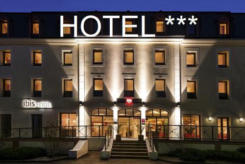 ibis Vitre Centre : Hotel near Taillis