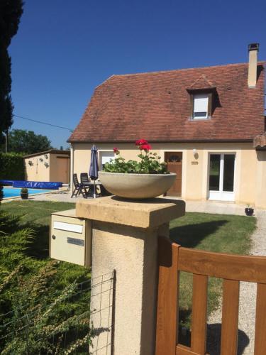 Wajoet : Guest accommodation near Cazoulès
