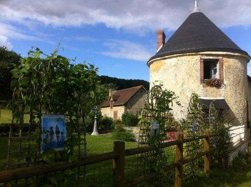La Tourelle : Guest accommodation near Sainte-Gauburge-Sainte-Colombe