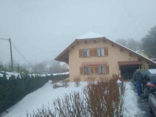 Villa Elise : Guest accommodation near Saint-Laurent-du-Cros
