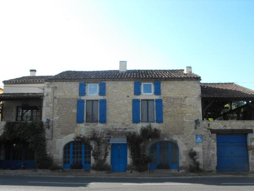 La Maison Bleue : Apartment near Vire-sur-Lot