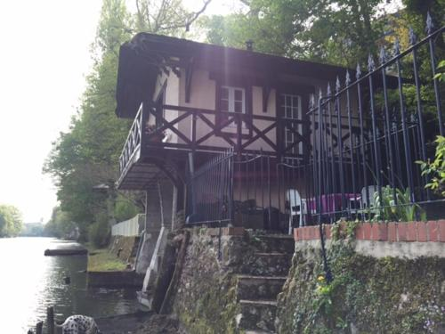 Chez Anne & Fred : Guest accommodation near Vienne-en-Val