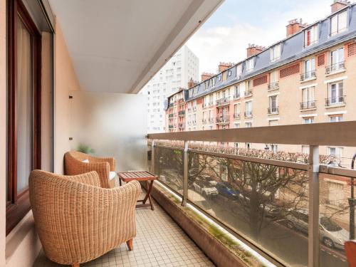 Welkeys Apartment - Nélaton : Apartment near Courbevoie