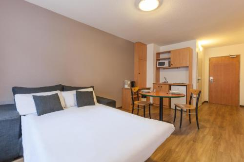City Residence Access Strasbourg : Guest accommodation near Bischheim