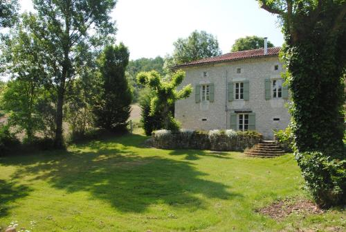 La Mouline : Bed and Breakfast near Montcuq