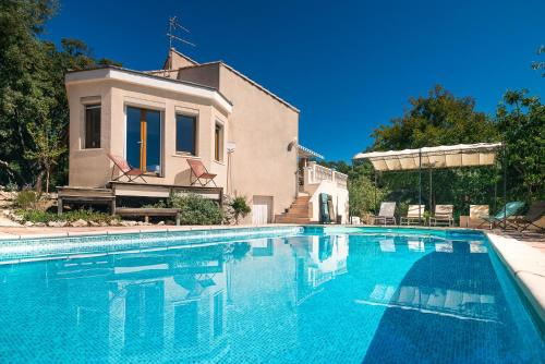 Villa Mas de Bouis : Guest accommodation near Causse-de-la-Selle
