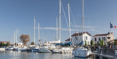 Les Nuits Bleues : Guest accommodation near Saint-Clément-des-Baleines